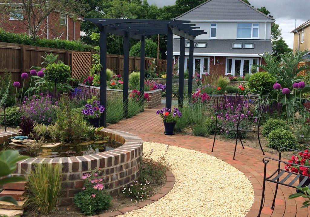 Large town gardens dorset bournemouth garden designers for Garden design bournemouth