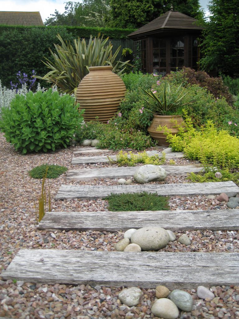 Low Maintenance Gardens - Dorset & Bournemouth Garden ...